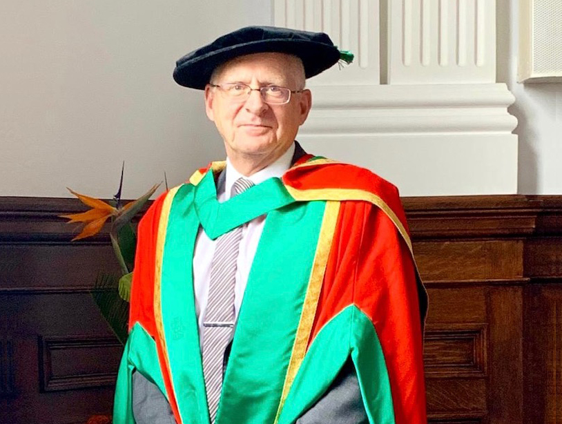 image-PR015 - Simon Gilby,receiving his honorary doctorate (800x600 FOR WEB).jpg